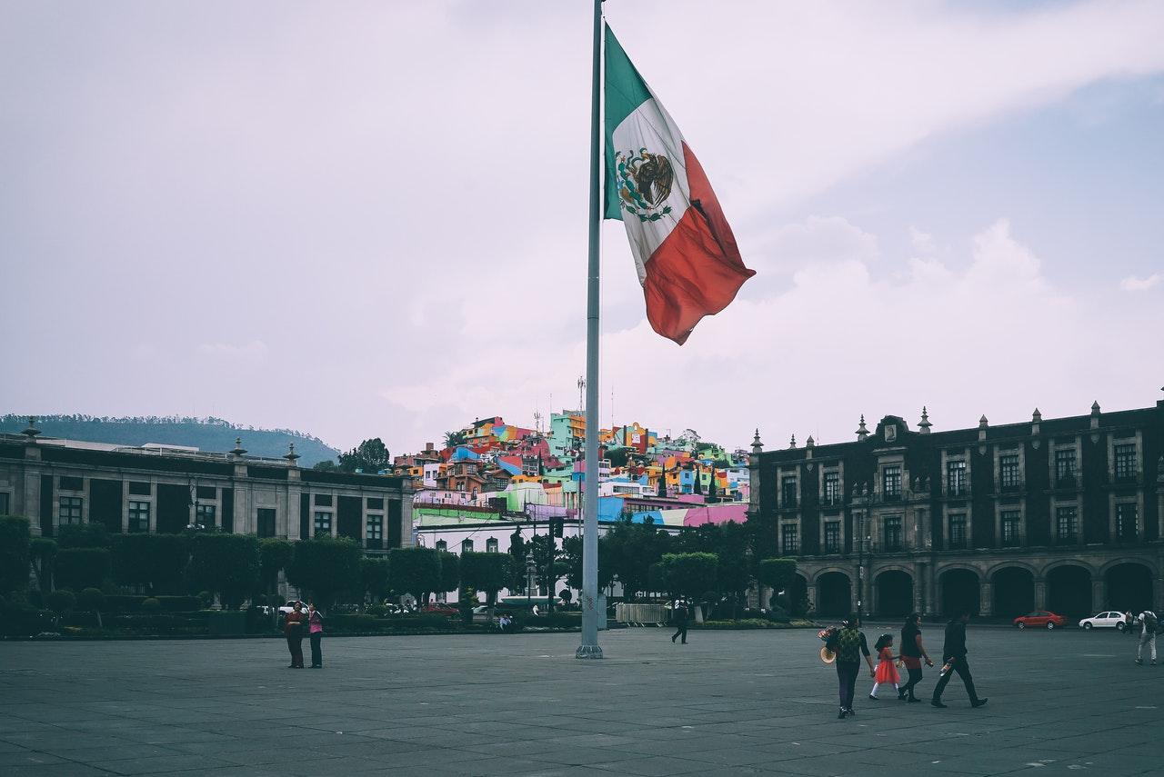 mexico tourism flag